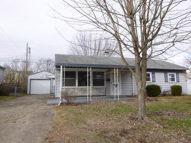 1235 S Central Avenue, Fairborn, OH 45324 (MLS #808801) :: Denise Swick and Company