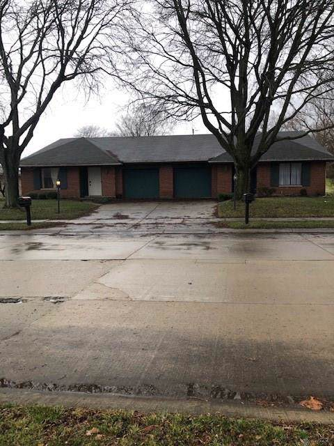 4737 Foxdale Drive, Kettering, OH 45429 (MLS #808875) :: Denise Swick and Company