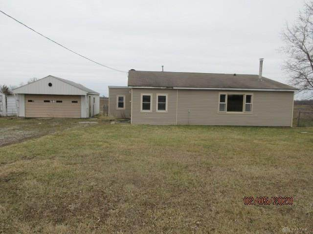 7252 Pyrmont Road, West Alexandria, OH 45381 (MLS #810326) :: The Gene Group