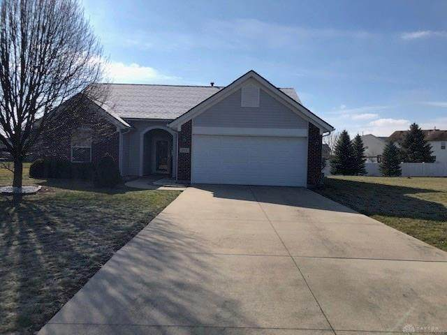 913 Red Deer Trail, Piqua, OH 45356 (MLS #810796) :: The Gene Group