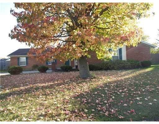 1544 Brookfield Lane, Troy, OH 45373 (MLS #813178) :: Denise Swick and Company