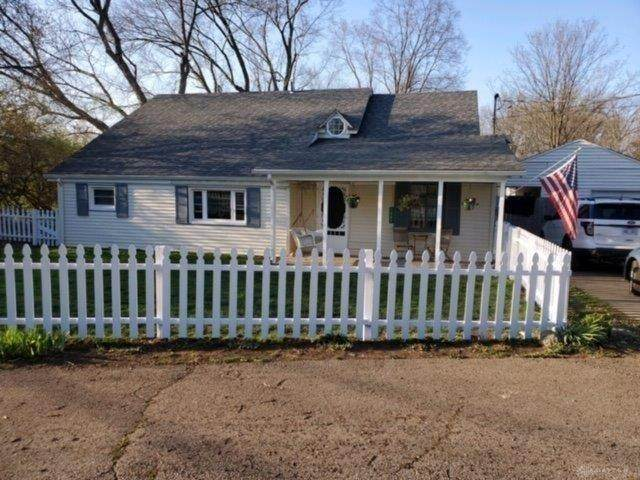 1207 W Spring Valley, Centerville, OH 45458 (MLS #813721) :: The Gene Group