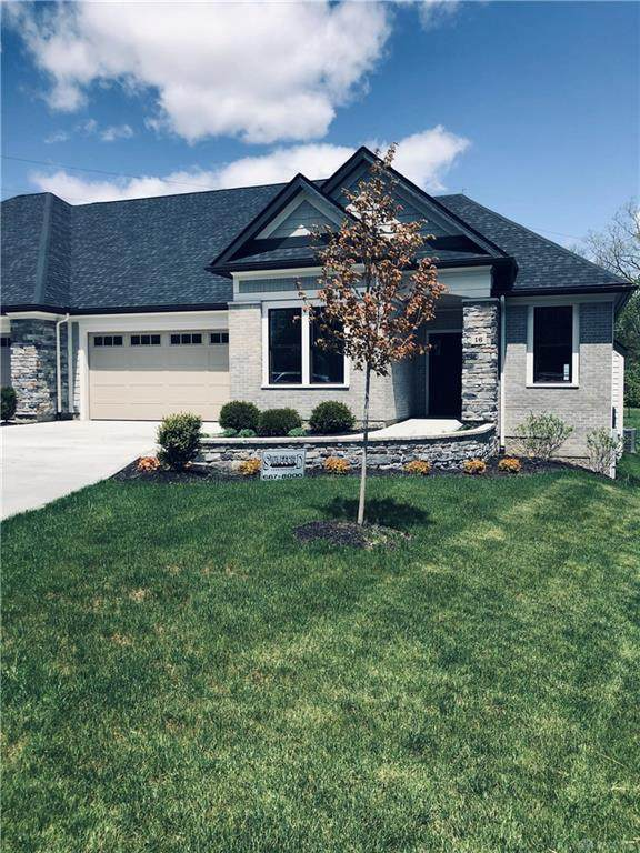 16 Clubhouse Way, Vandalia, OH 45377 (MLS #815901) :: The Gene Group