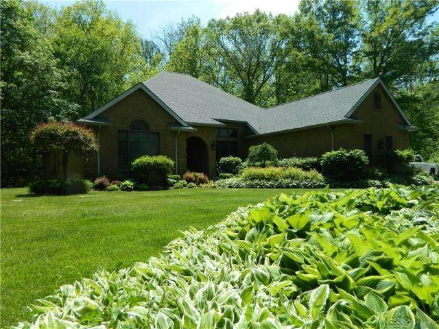 7515 Wrenview Drive, Springfield, OH 45502 (MLS #817381) :: The Gene Group
