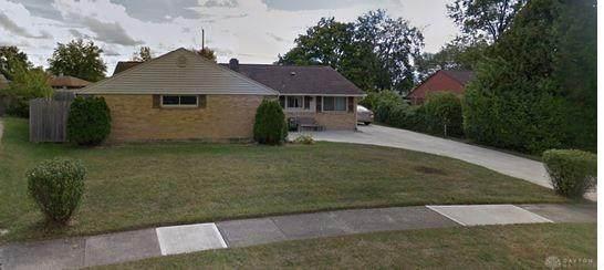 5884 Beecham Drive, Huber Heights, OH 45424 (#820304) :: Century 21 Thacker & Associates, Inc.