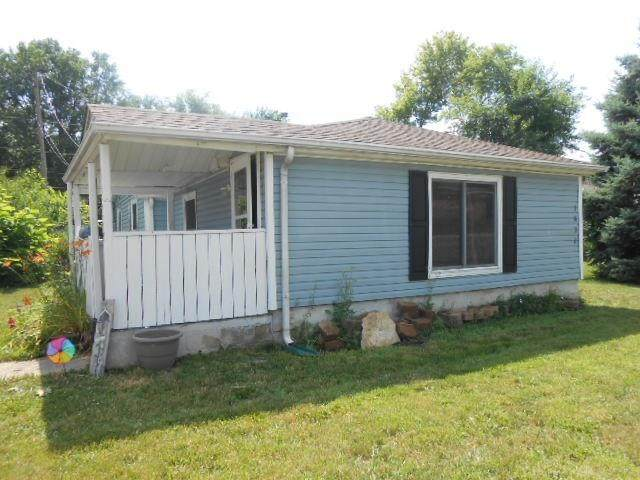 1632 Superior Avenue, Fairborn, OH 45324 (MLS #821308) :: Denise Swick and Company