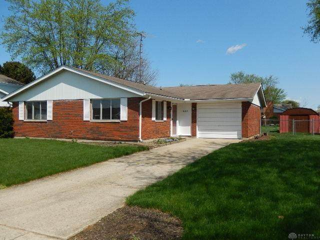8210 Philadelphia Drive, Mad River Township, OH 45324 (MLS #821407) :: The Westheimer Group