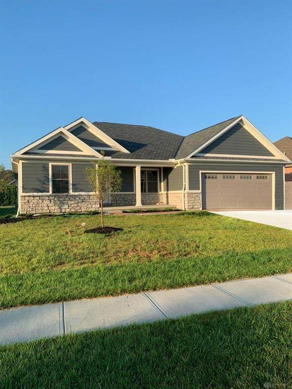 1230 Daylily Way, Troy, OH 45373 (MLS #822989) :: Denise Swick and Company