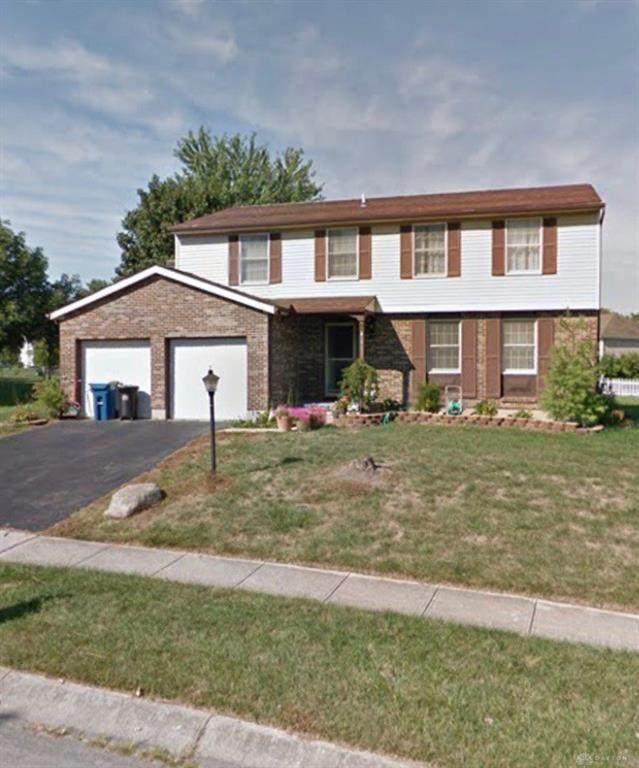 6365 Burkwood Drive, Clayton, OH 45315 (MLS #823293) :: The Gene Group