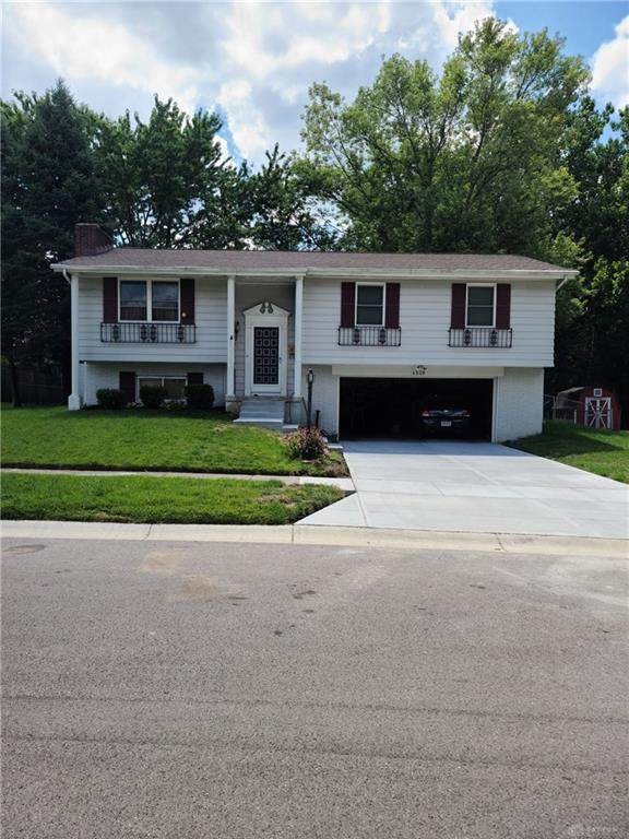 4920 Seville Drive, Englewood, OH 45322 (MLS #823535) :: Denise Swick and Company