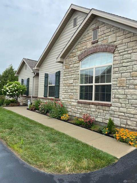 7046 Creekside Circle, Fairborn, OH 45324 (MLS #823693) :: Denise Swick and Company