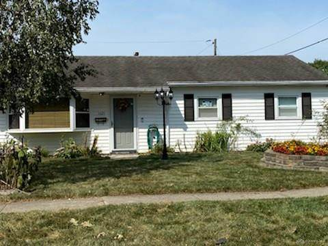 1621 Pence Place, Kettering, OH 45432 (MLS #825282) :: The Westheimer Group