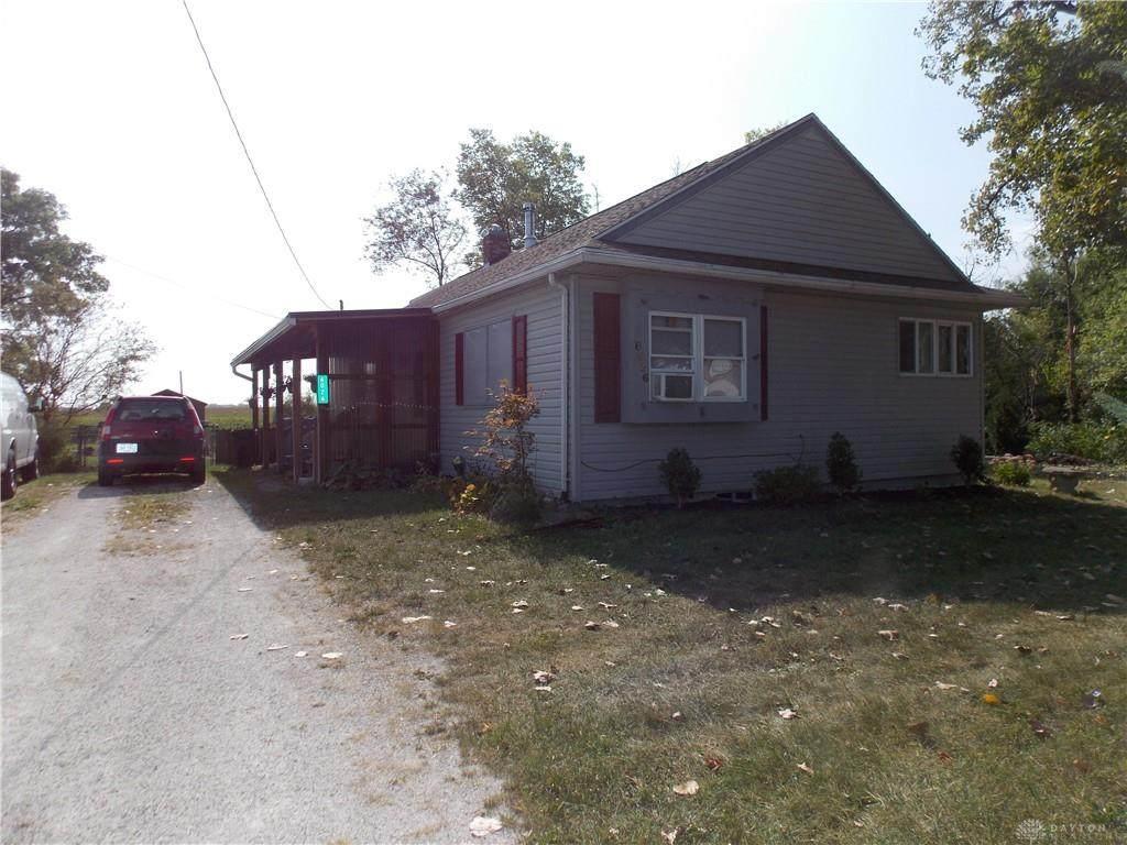 6026 Springfield Xenia Road - Photo 1