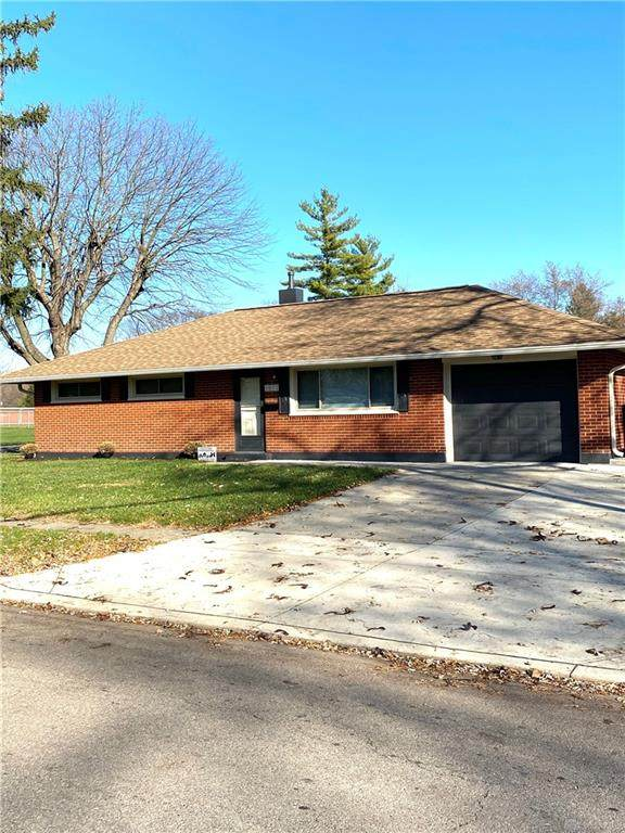 5972 S Tomberg Street, Huber Heights, OH 45424 (MLS #830019) :: Denise Swick and Company