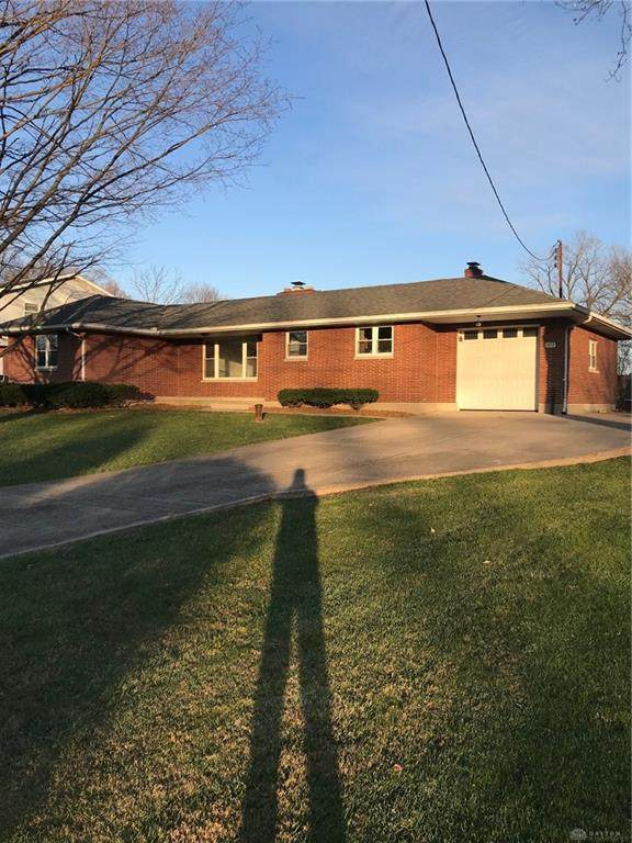 1522 E Lynn Drive, Beavercreek, OH 45432 (MLS #830255) :: The Westheimer Group