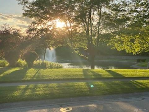 20 Country Creek Way, Washington TWP, OH 45458 (MLS #832133) :: The Gene Group