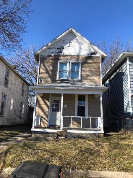 1043 Farlow Street - Photo 1