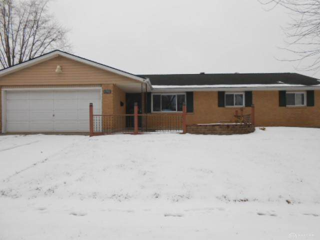6306 Rosecrest Drive, Butler Township, OH 45414 (MLS #833645) :: Denise Swick and Company
