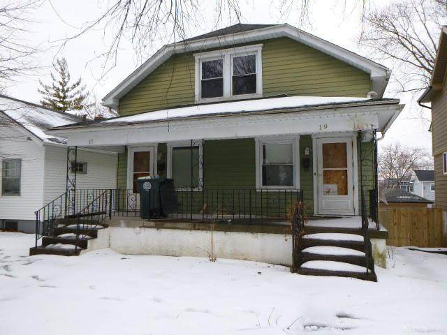 17 N Delmar Avenue, Dayton, OH 45403 (MLS #834572) :: The Gene Group