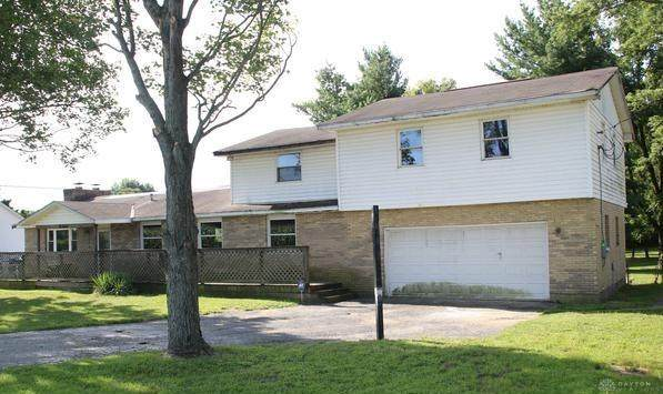 8441 Haddix Road, Fairborn, OH 45324 (MLS #839353) :: Bella Realty Group