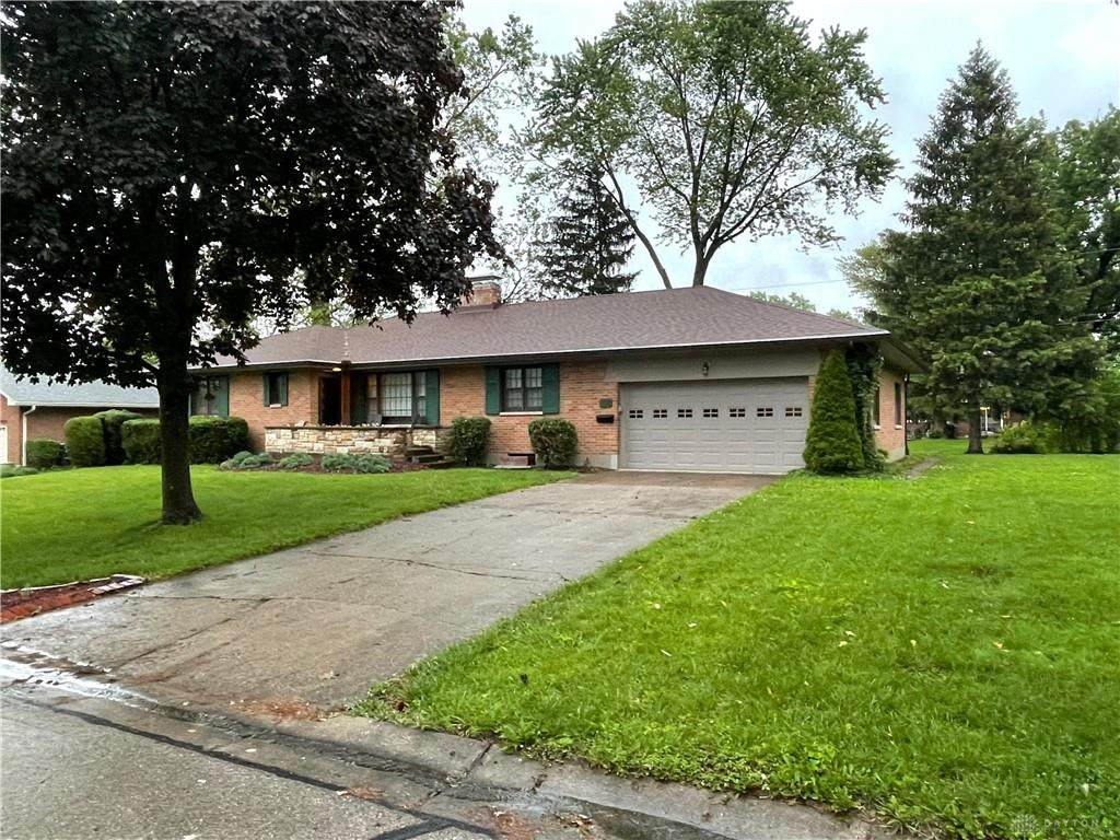 192 Elmwood Drive - Photo 1