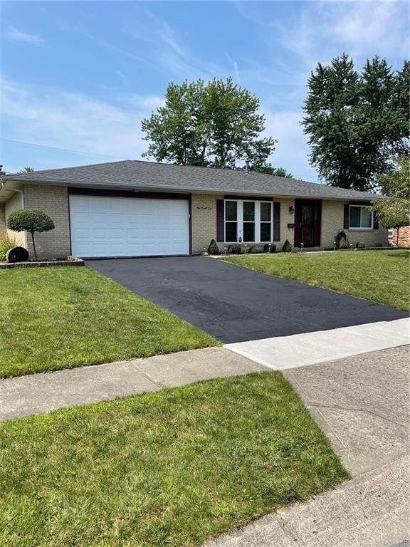 1026 Merrywood Drive, Englewood, OH 45322 (MLS #845492) :: The Westheimer Group