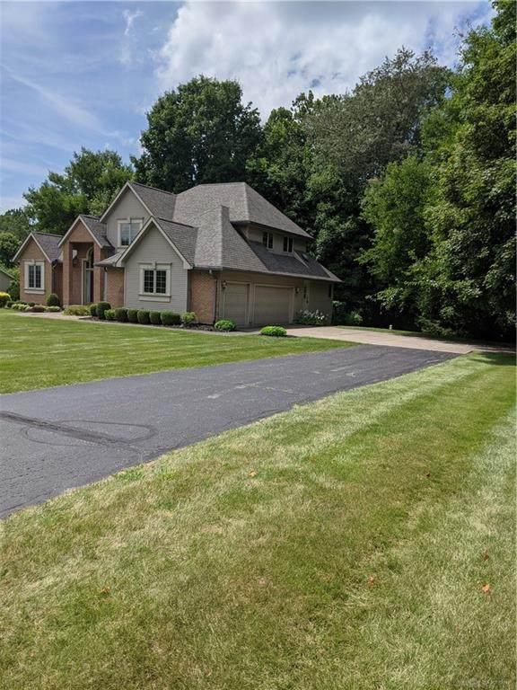 6435 Winding Tree Drive, New Carlisle, OH 45344 (MLS #847353) :: The Gene Group