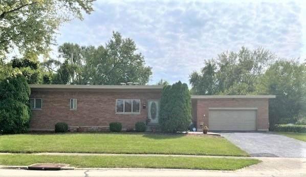 1036 Rossiter Drive, Jefferson Twp, OH 45417 (#848904) :: Century 21 Thacker & Associates, Inc.