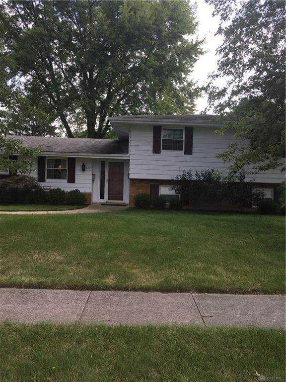 580 Warm Springs Driove, Fairborn, OH 45324 (MLS #849701) :: The Gene Group