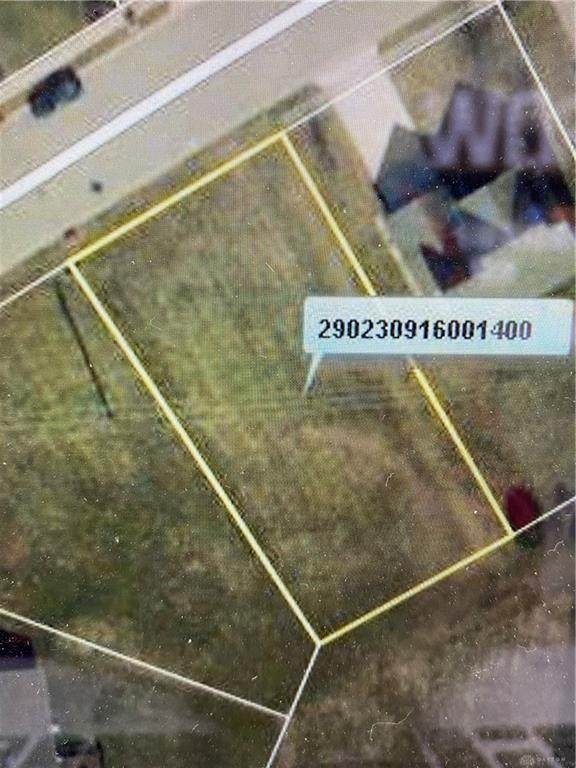 1350 Meadow Ridge, Wilmington, OH 45177 (MLS #849789) :: The Westheimer Group