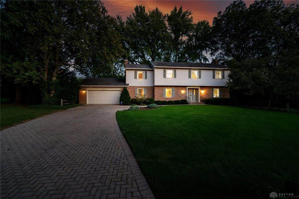 102 Forestview Drive - Photo 1