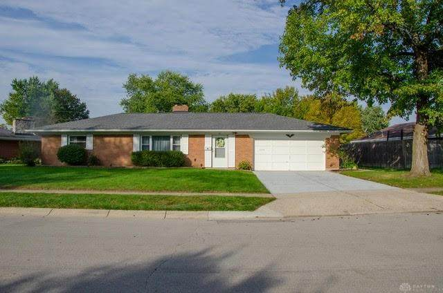 711 Hile Lane, Englewood, OH 45322 (MLS #851544) :: The Westheimer Group
