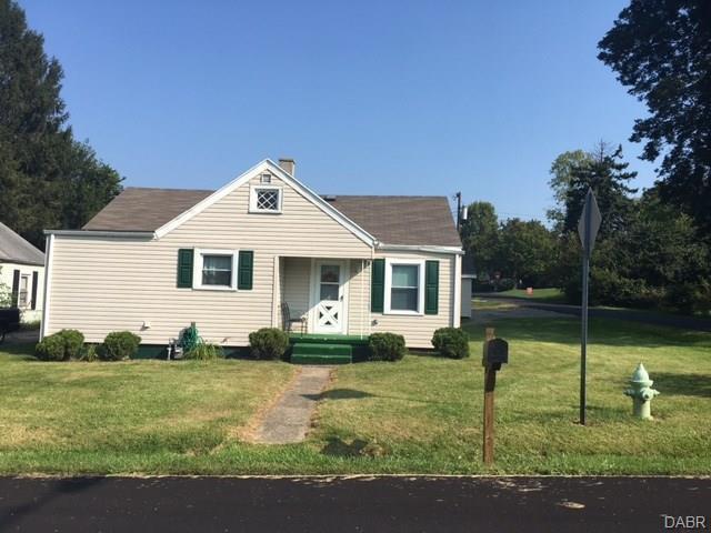 617 Daytonia Avenue, Fairborn, OH 45324 (MLS #748143) :: Denise Swick and Company