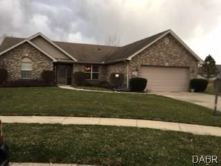 6790 Wintergreen Place, Huber Heights, OH 45424 (MLS #757727) :: Denise Swick and Company
