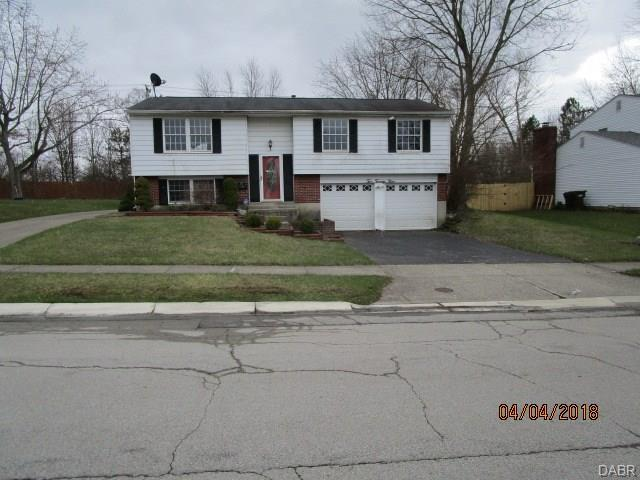 229 Brookwood Drive, Englewood, OH 45322 (MLS #768760) :: The Gene Group