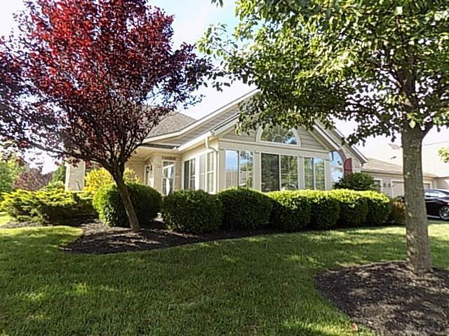 8 Scarborough Village Drive, Washington TWP, OH 45458 (MLS #772733) :: The Gene Group