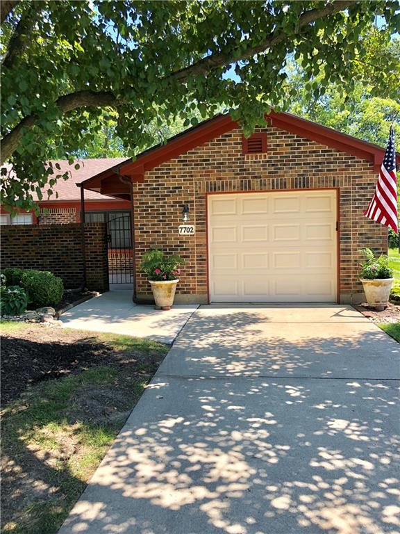 7702 Paragon Commons Circle, Dayton, OH 45459 (MLS #796045) :: Denise Swick and Company