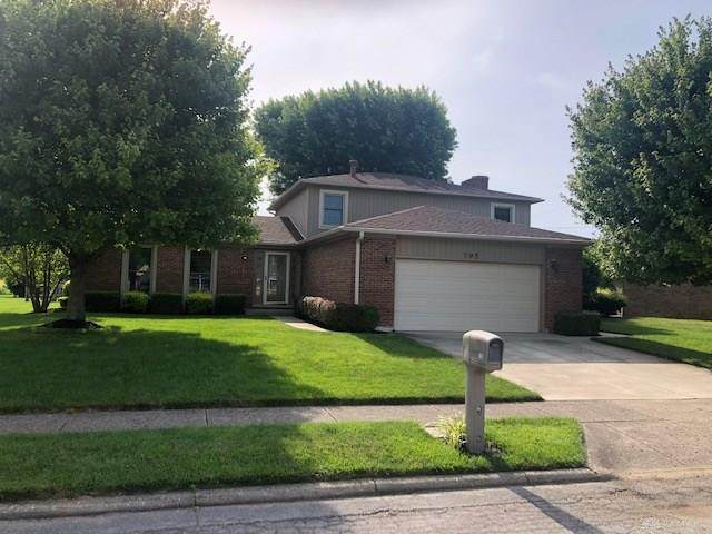 795 Doral Drive, Xenia, OH 45385 (MLS #818850) :: The Gene Group