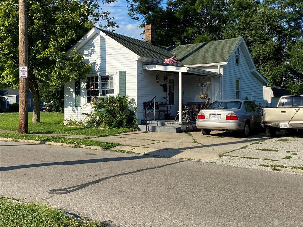 135 Evans Avenue - Photo 1