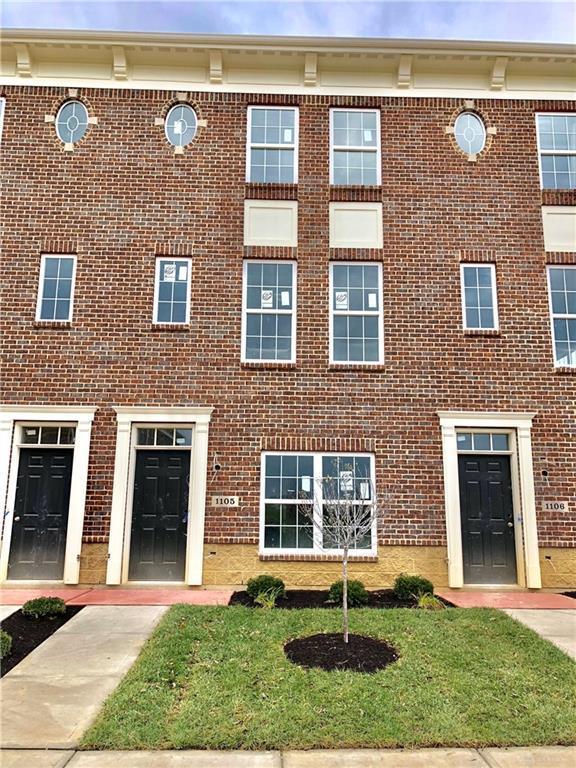 1103 Parklake Row, Springboro, OH 45066 (MLS #760209) :: Jon Pemberton & Associates with Keller Williams Advantage