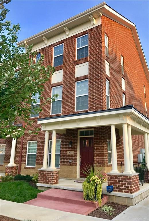 501 Brownstone Row, Springboro, OH 45066 (MLS #760766) :: Denise Swick and Company