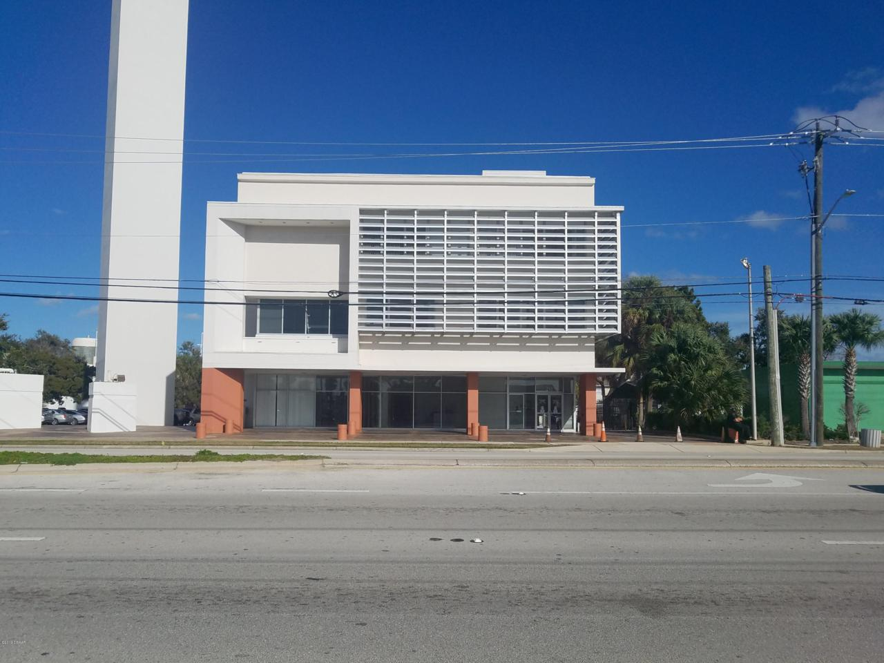 211 Ridgewood Avenue - Photo 1