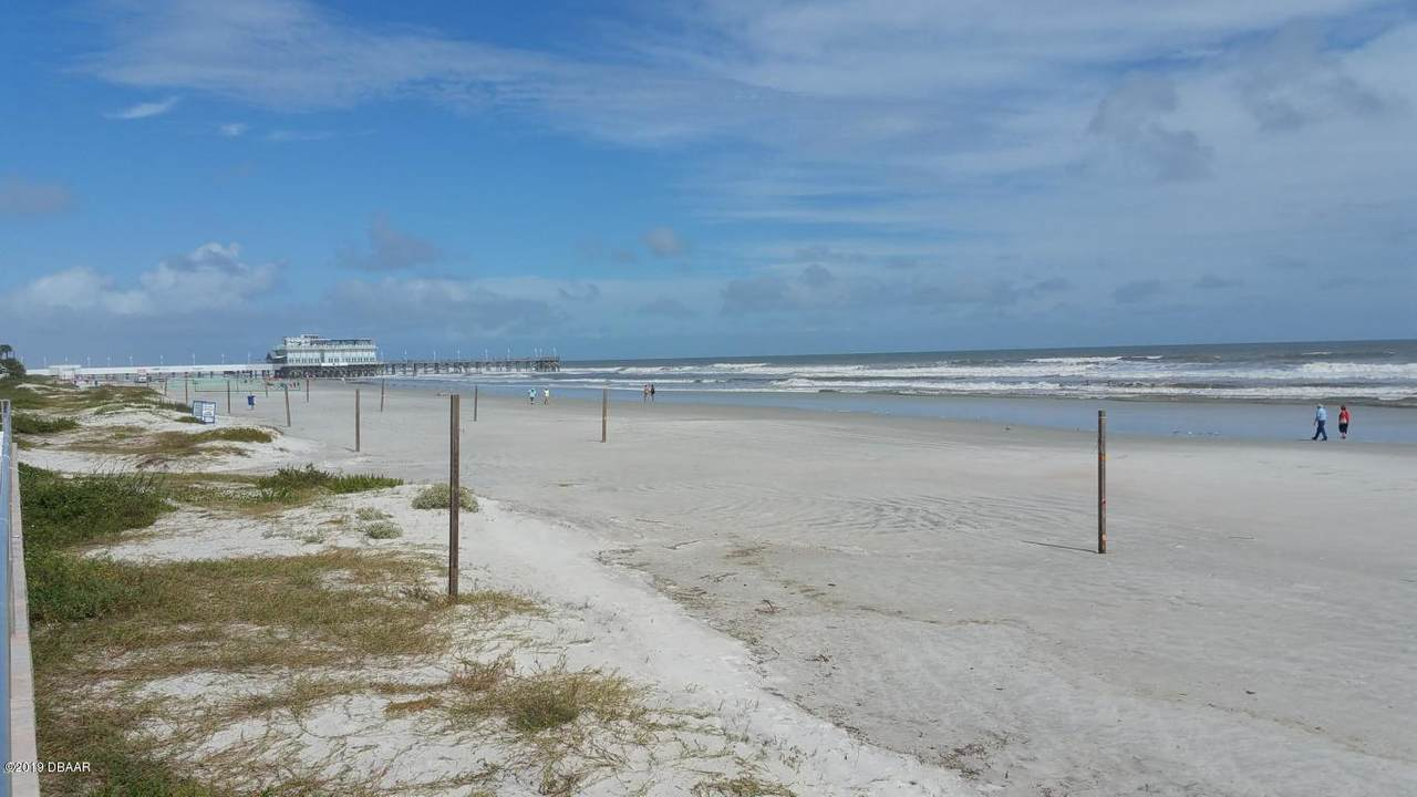 https://bt-photos.global.ssl.fastly.net/daytonabeach/1280_boomver_1_1074246-2.jpg