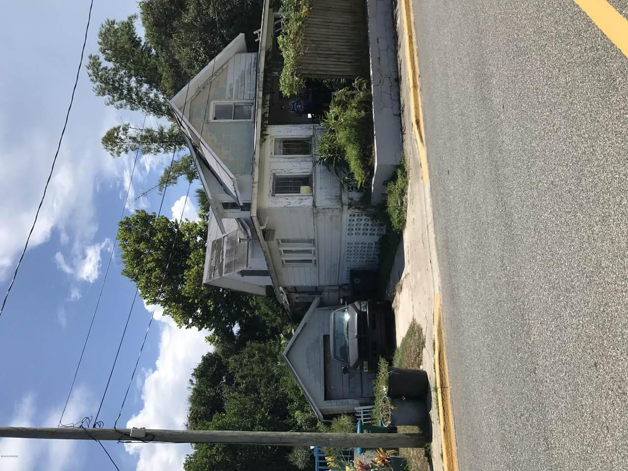 402 Auditorium Boulevard - Photo 1