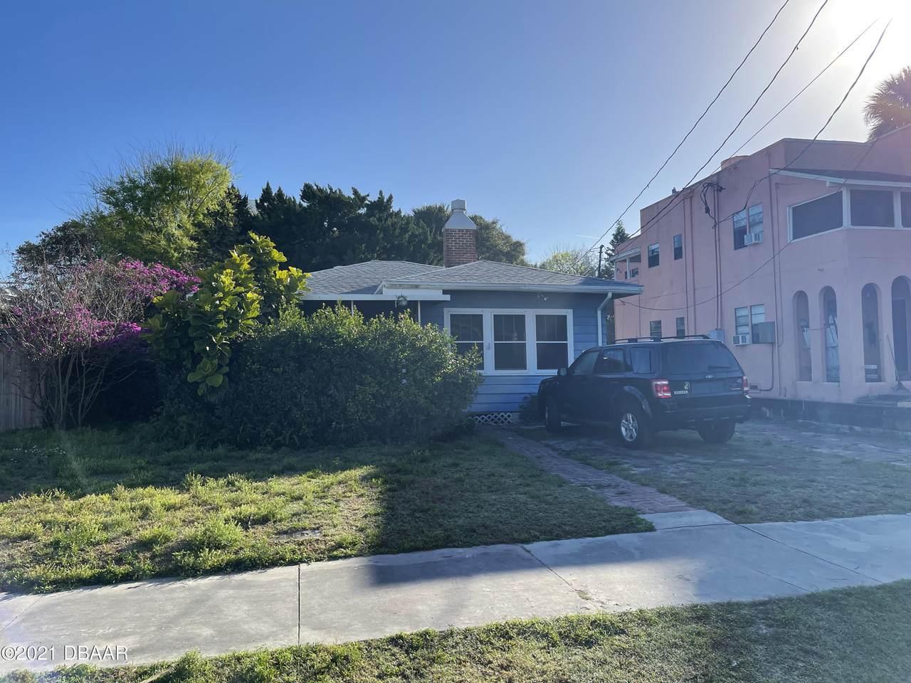 428 Oleander Avenue - Photo 1