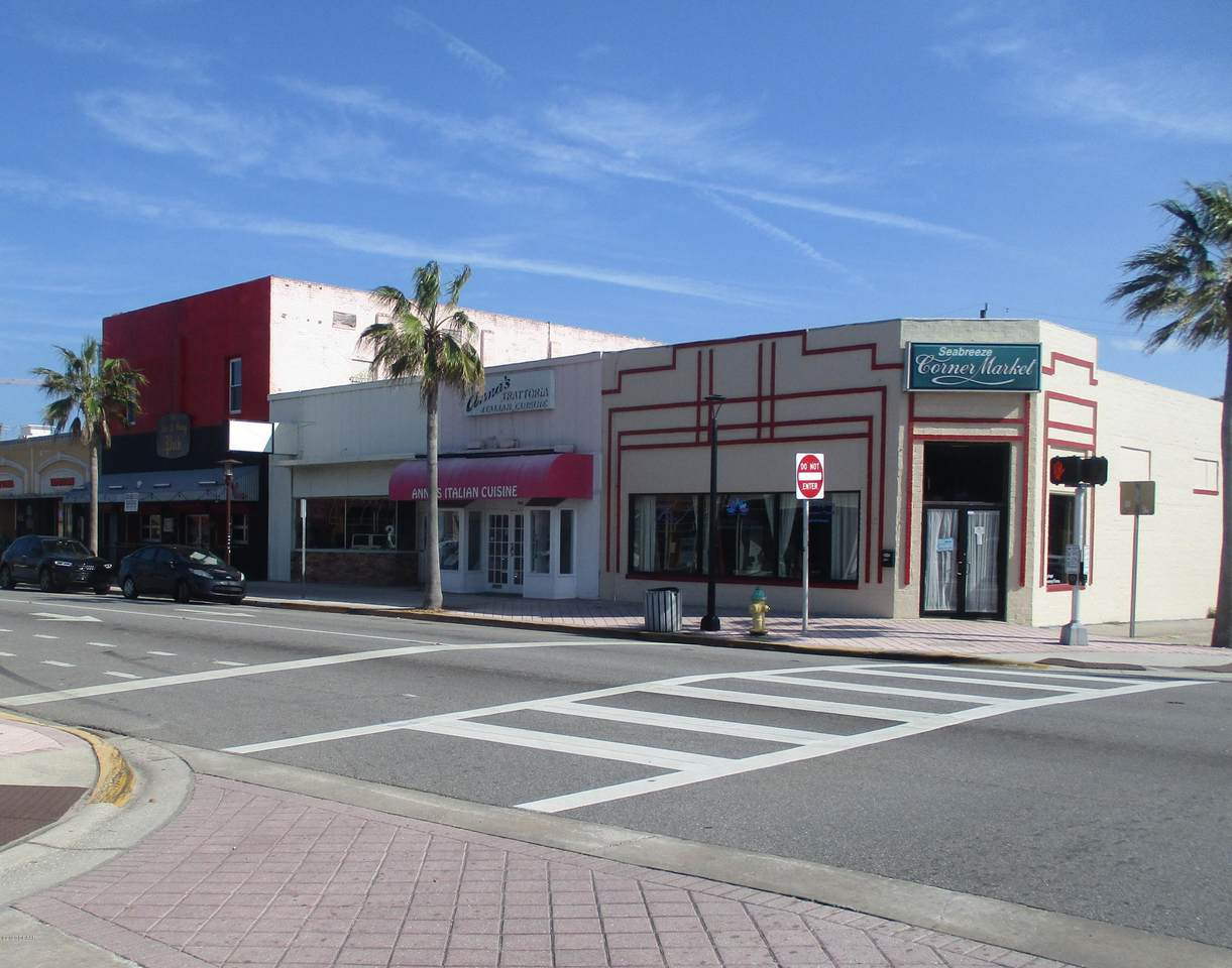 300 Seabreeze Boulevard - Photo 1