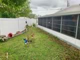 5236 Pineland Avenue - Photo 32