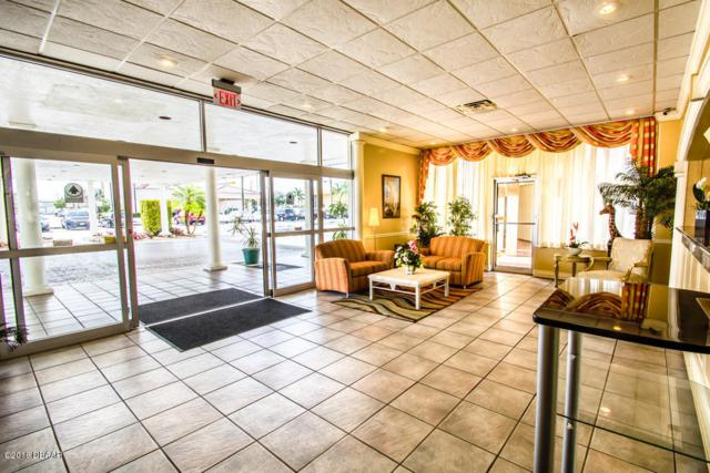 260 E Merritt Island Causeway, Cocoa Beach, FL 32932 (MLS #1045587) :: Memory Hopkins Real Estate
