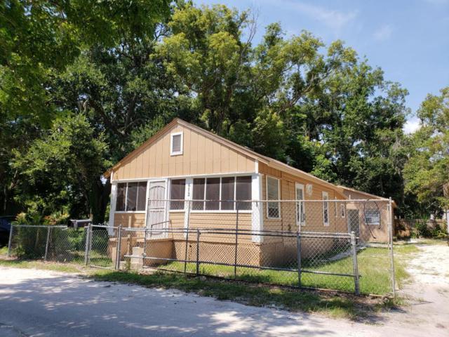 612 N Duss Street, New Smyrna Beach, FL 32168 (MLS #1045611) :: Memory Hopkins Real Estate