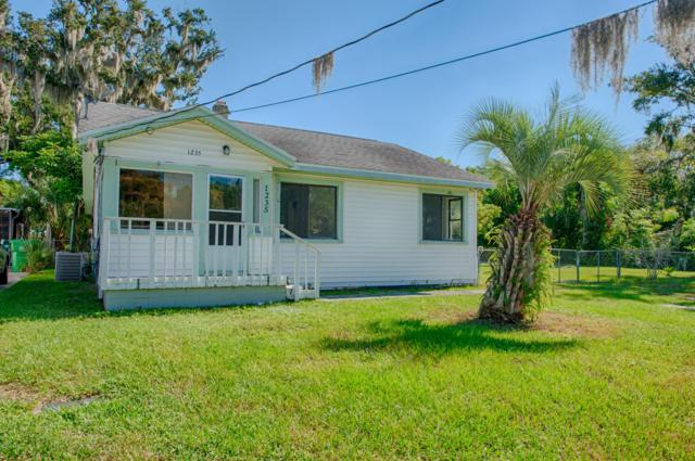 1235 Dixie Avenue, Holly Hill, FL 32117 (MLS #1049322) :: Beechler Realty Group